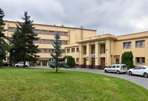 05 s 300x205 - Метрополитный университет Прага