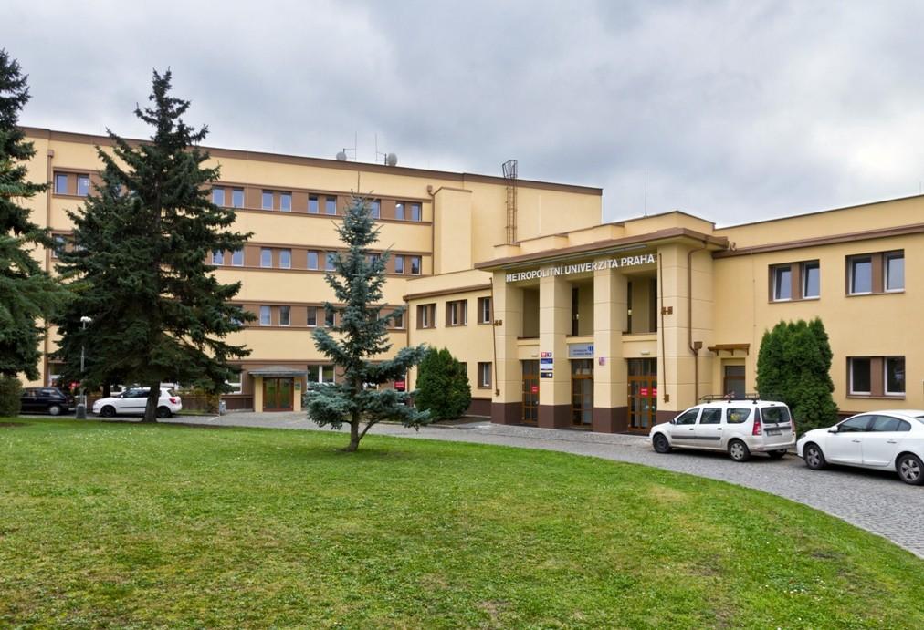 05 s - Метрополитный университет Прага